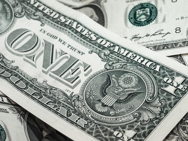 papírový dolar