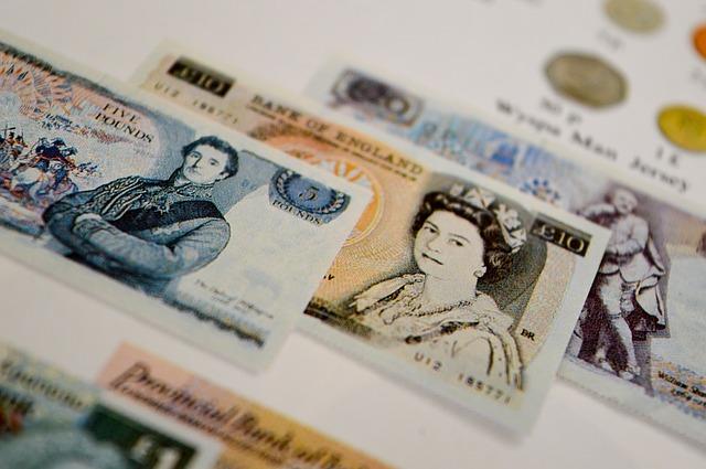 britské libry bankovky